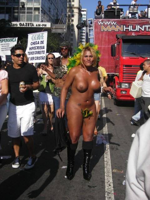 transvestitgayparade.jpg