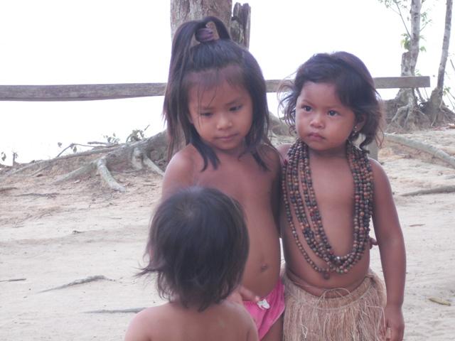 indianerkinder1.JPG