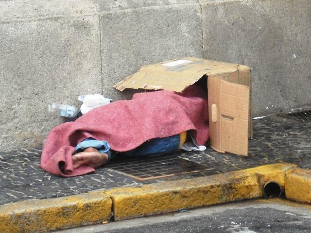 obdachlokarton.jpg