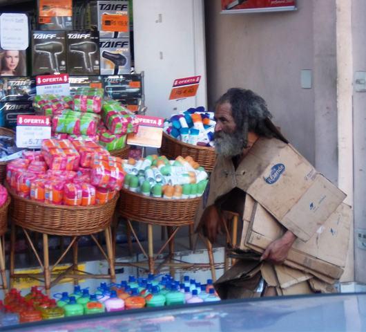 obdachloserpappekleidung1.JPG