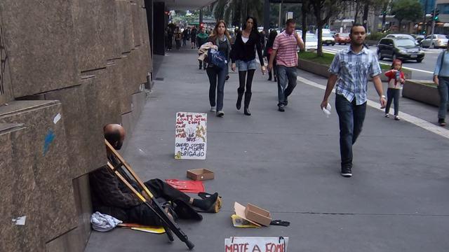 bettlerhungerprotestpaulista3.JPG