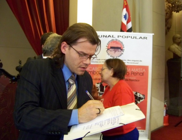 brunotribunal20101.JPG