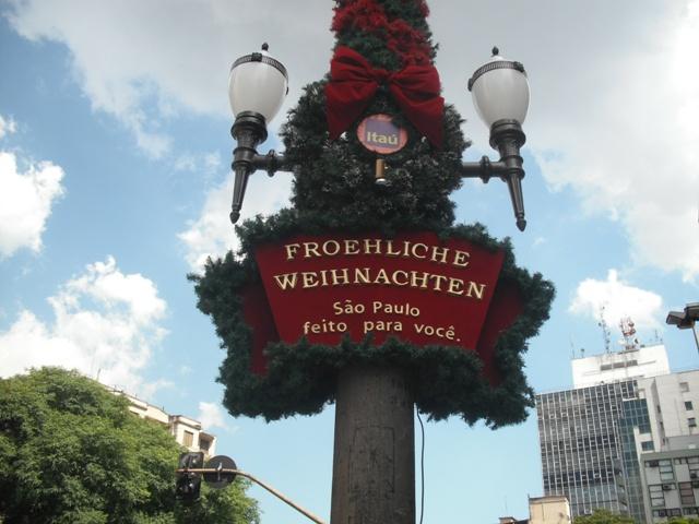 weihnachtenavenidapaulista2009.jpg