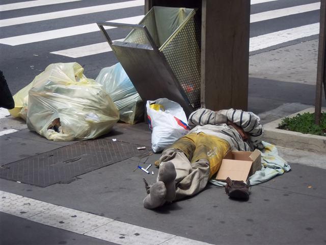obdachlosermullpaulista.JPG