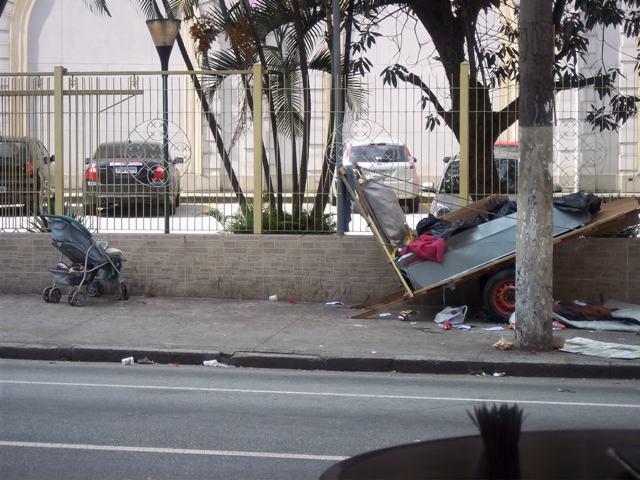 obdachlosenfamilie2.JPG