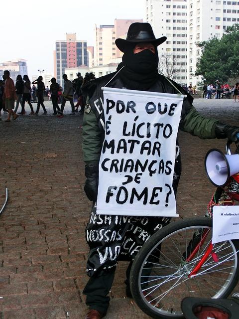 hungerkinderprotest12sp.jpg