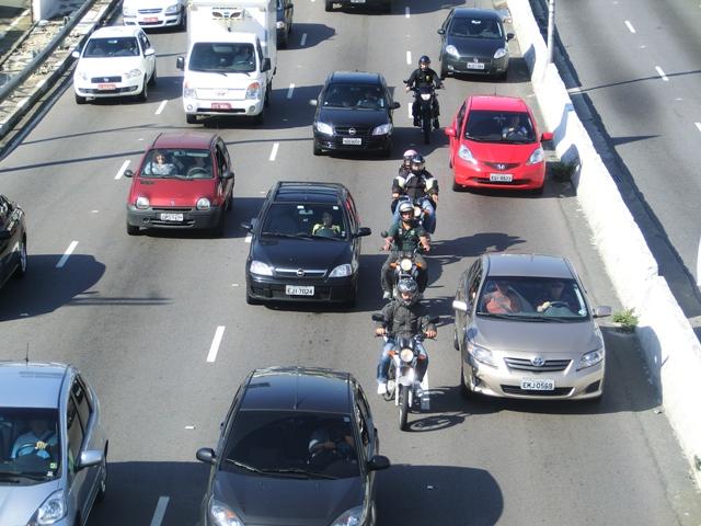 motorradfahrer13.jpg