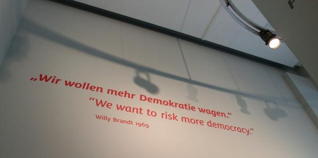 brandt69demokratie.jpg