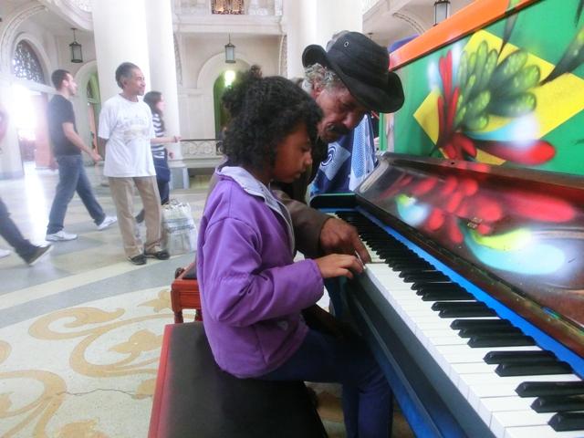 klavierspielerinluz1.jpg