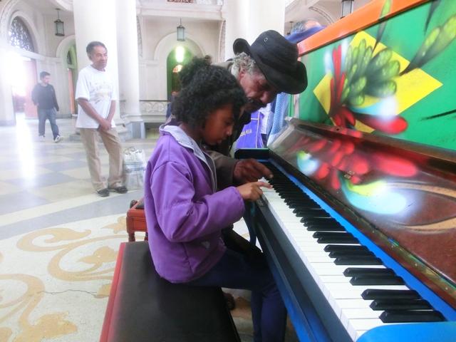 klavierspielerinluz2.jpg