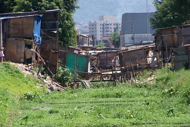 slumspkloake1.jpg