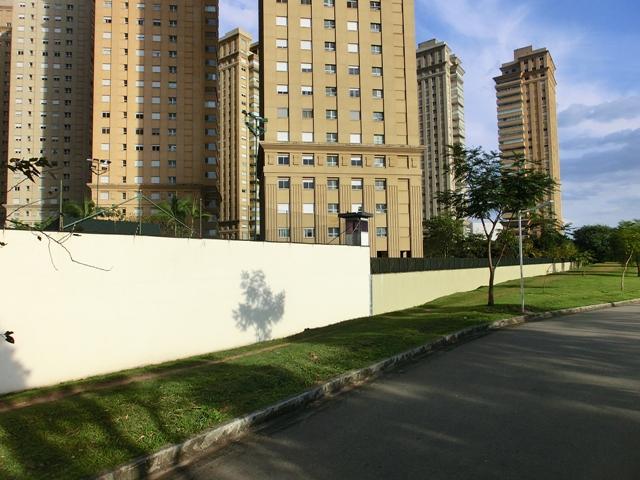 condominiowachkabinemauer1.jpg