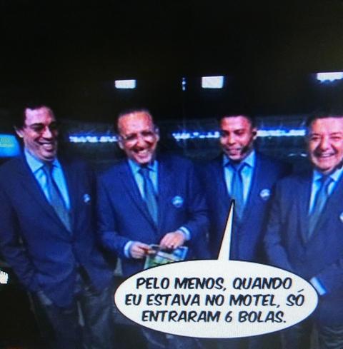 ronaldo6bolas.jpg