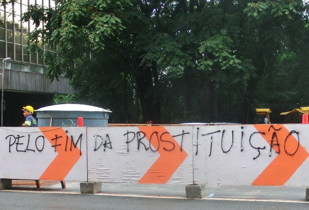 Pelofimdaprostituicao15