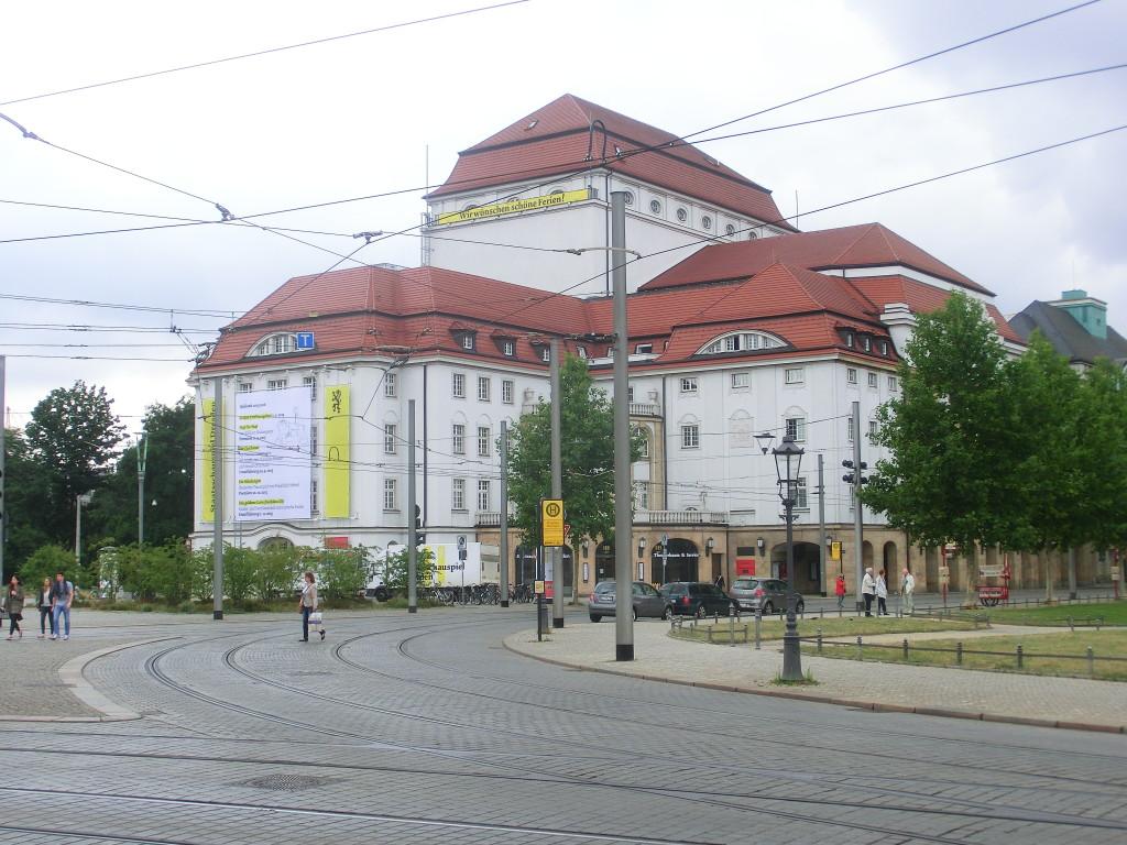 DresdenSchauspielhaus1