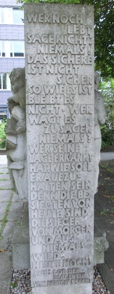 BrechtCH12