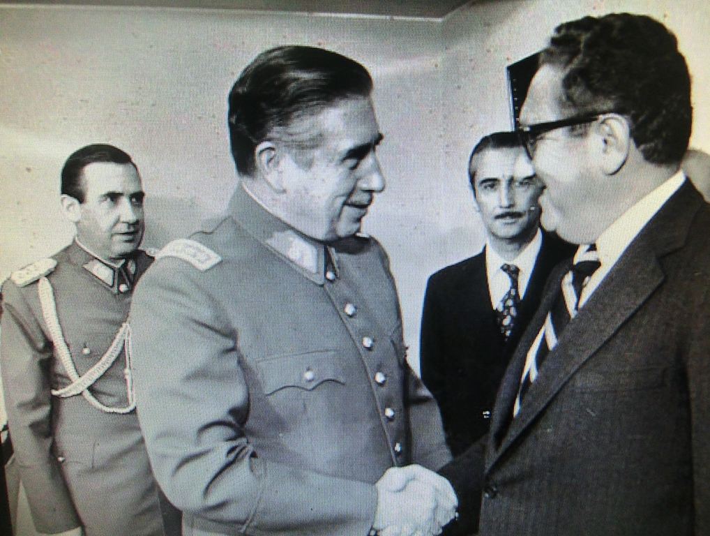 KissingerPinochet1
