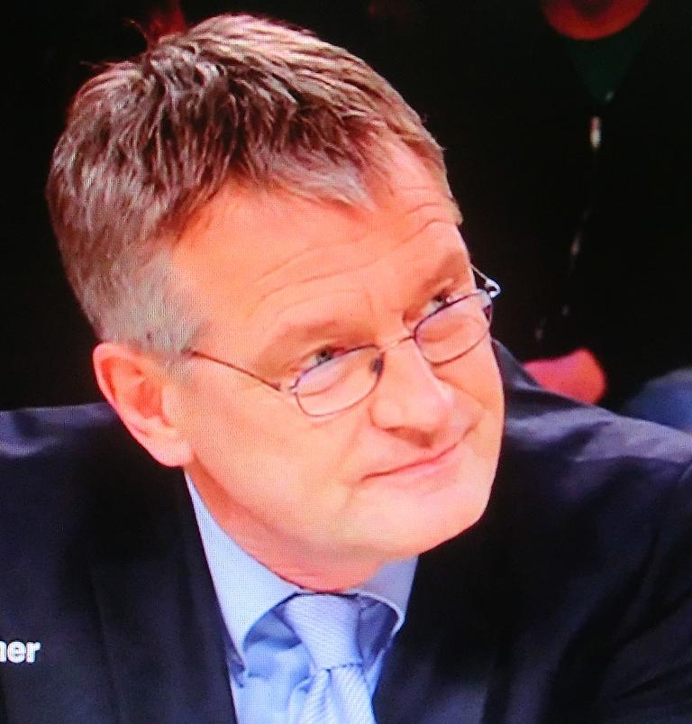 Hartes Faust Ficken für die Deutsche Brillenschlange