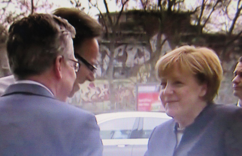 MerkelfröhlichBerlin16