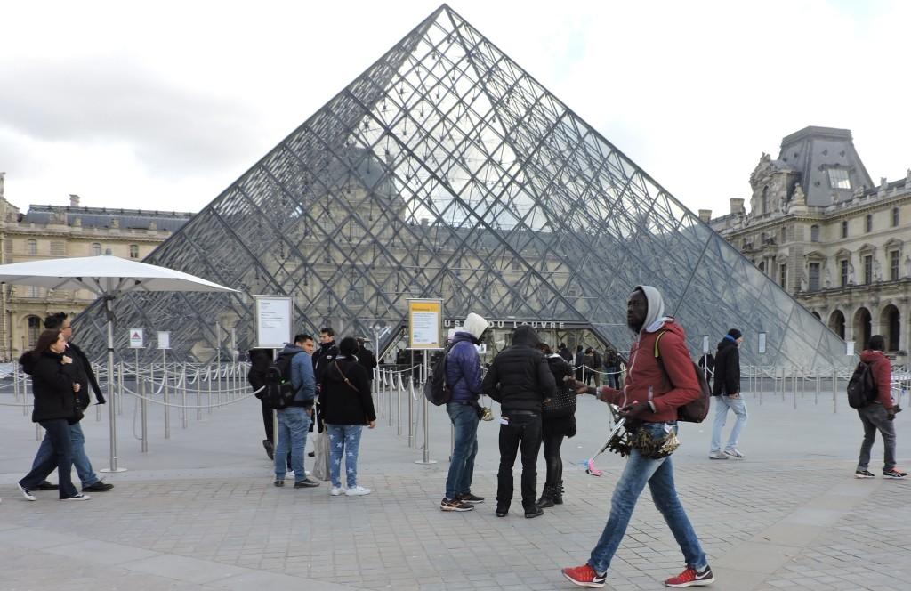 Paris72