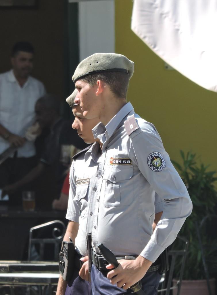 Kuba2Polizisten2